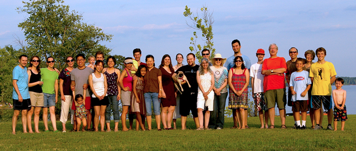 Hahn Lab at Kerr Lake for Andrei's farewell party.